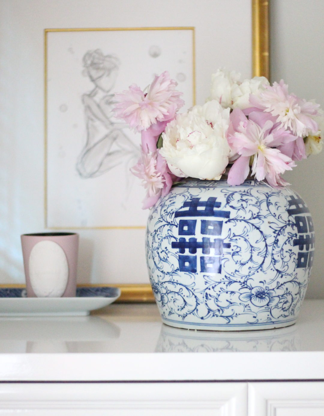 blue-and-white-porcelain-peonies-stuffy-muffy