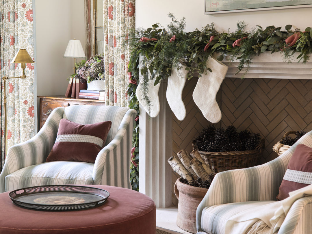 Living Room by Lauren DeLoach for the Home for the Holidays Designer Showhouse on Stuffy Muffy.