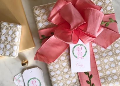 Friday Fancies: Holiday Wrapping with Stuffy Muffy