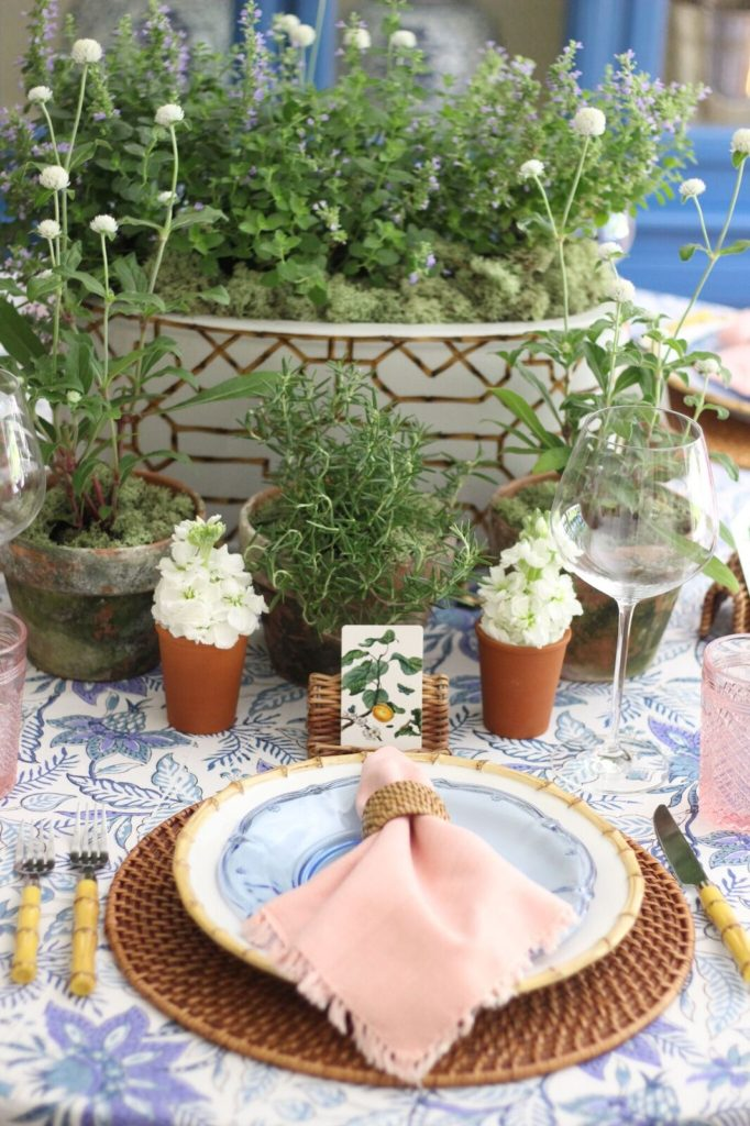 Stuffy Muffy sets the table with India Amory