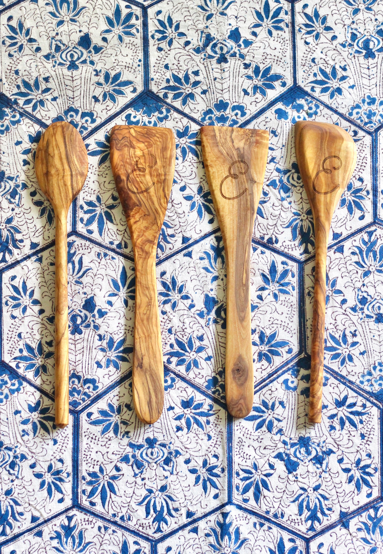 WREN Home Theron Olive Wood Utensil Set