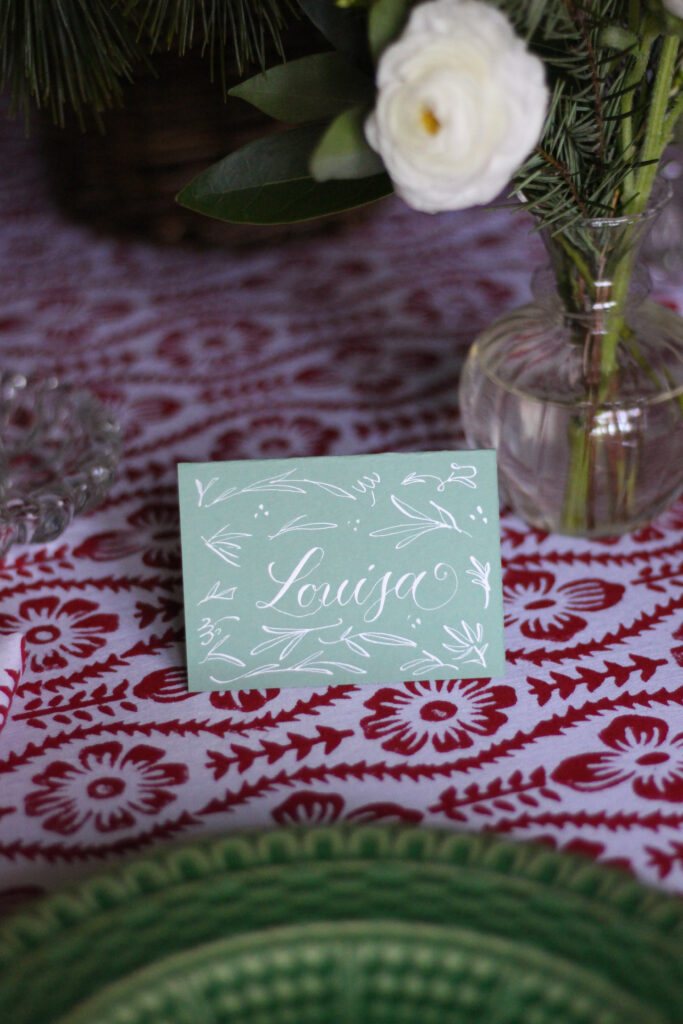 Stuffy Muffy Red and Green Christmas Tablescape